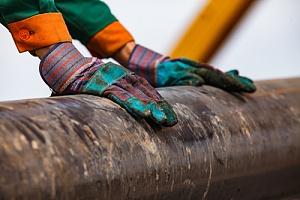 APG提供现场石油钻井平台安全保障