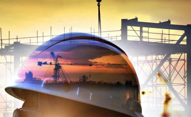 标准施工安全和施工现场背景的双重曝光